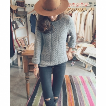 Braid Sweater – Grey