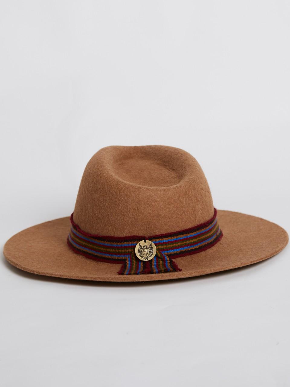 Cusco hat camel 1