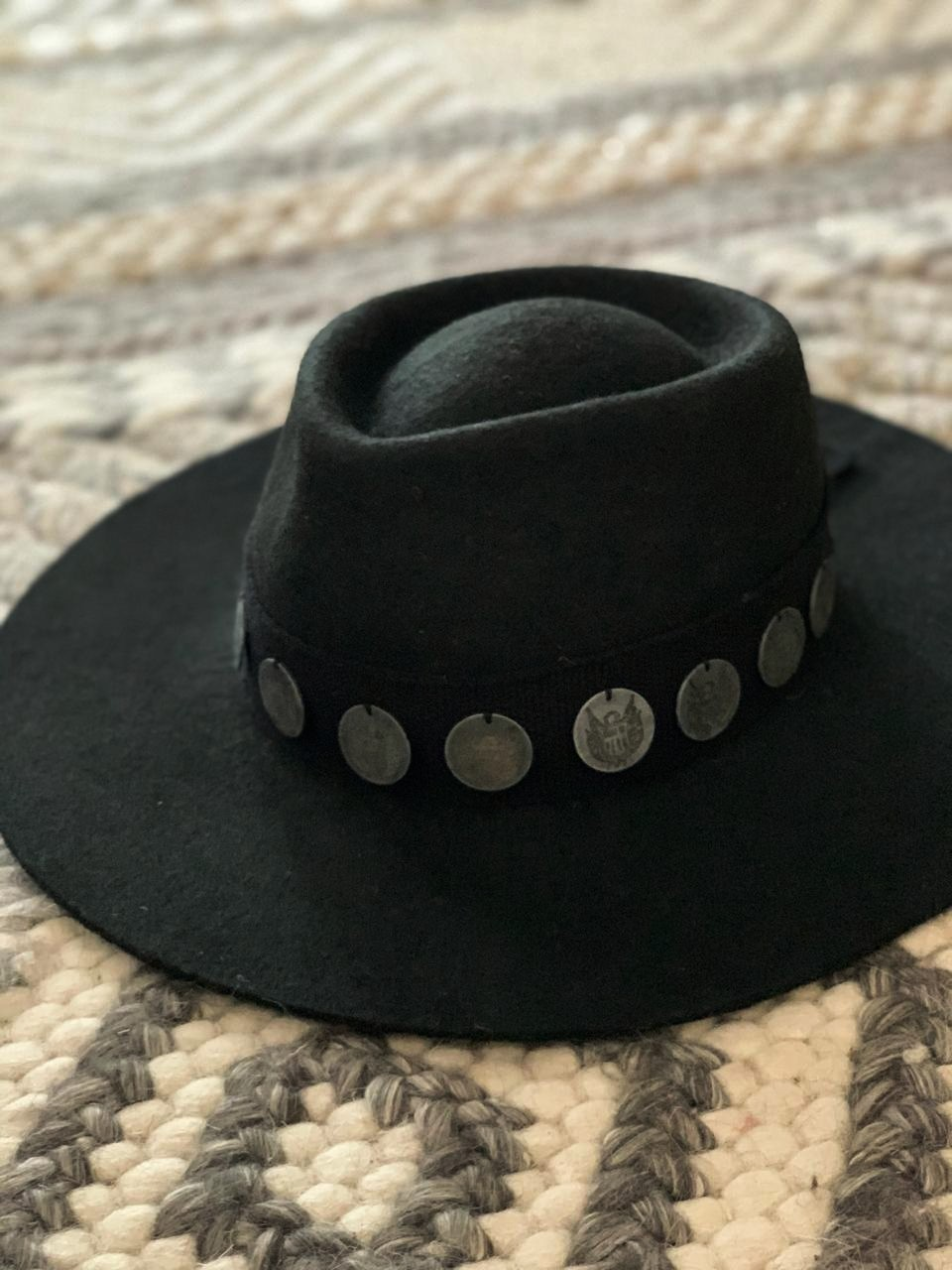 Monedas hat black 1